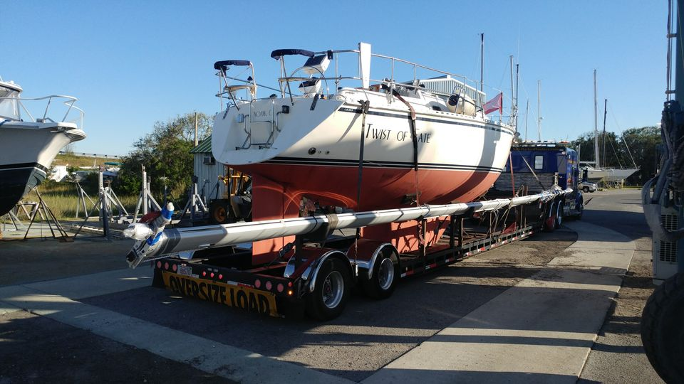 Boat and yacht transport, boat hauling service, boat transport pros