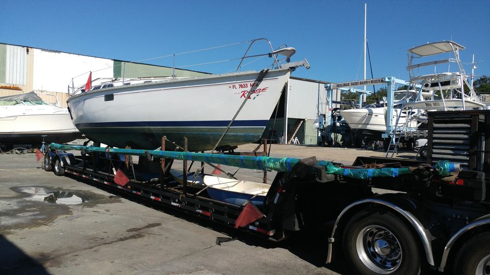Sailboat transport, boat transport companies, boat shipping, yacht transport