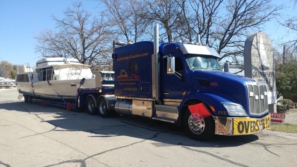 boat transport, boat haulers, boat movers, boat transport pros, marine transport