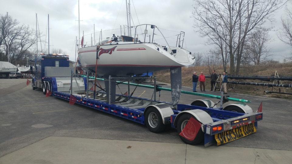 boat hauling service, yacht delivery, yacht transport, sailboat transport, boat transport companies