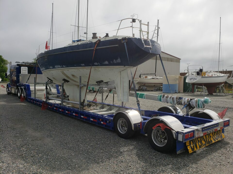 Yacht Delivery, Yacht Transport, Marine Transport, Boat Shipping, Boat Transport, Kesteloo 42