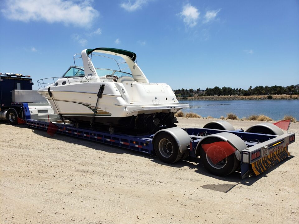 Sea Ray 290, marina transport, yacht delivery, yacht transport, boat shipping
