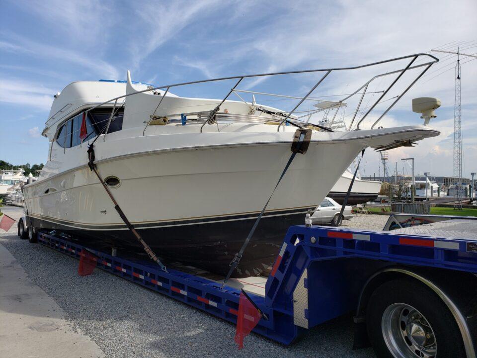 Silverton 34C, boat transport service, boat transport company, boat transport pros, boat hauling service
