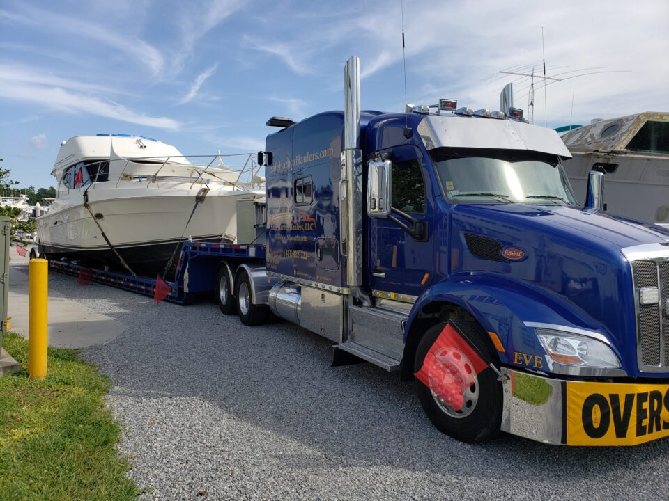 Silverton 34C, yacht transport, yacht delivery, boat shipping, boat movers