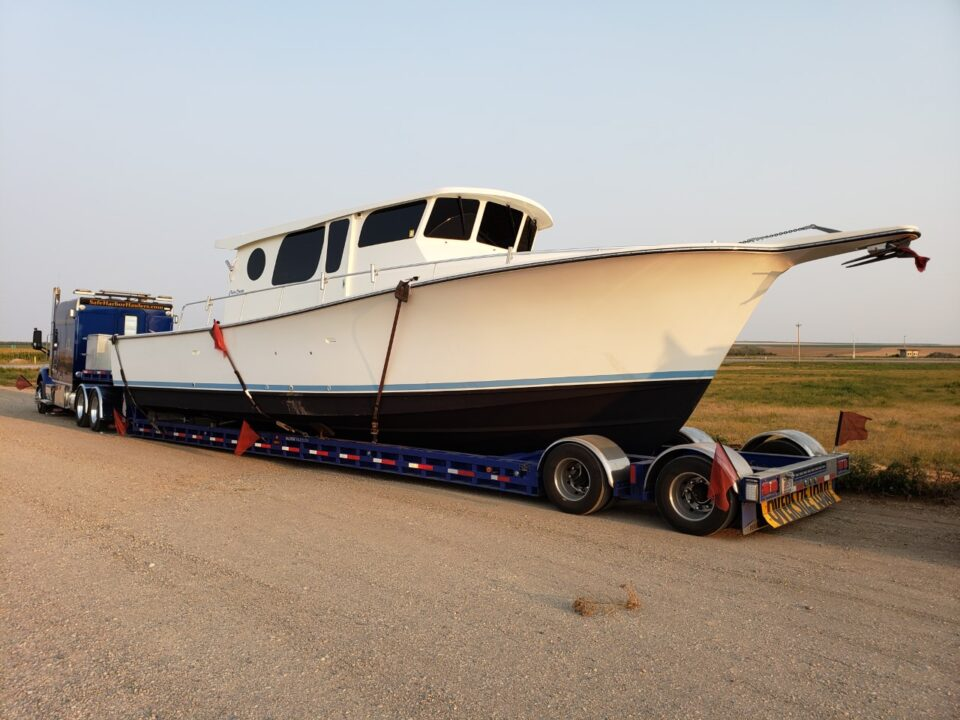 Henriques Maine Coaster 42, boat transport, boat haulers, boat movers, boat transport pros, boat transport companies